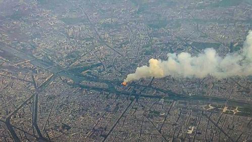 VIDEO. Notre-Dame de Paris : l'incendie vu du ciel