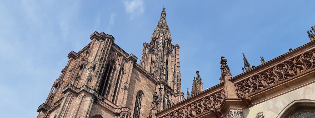 Un homme interpellé après avoir coincé un drone dans la flèche de la cathédrale de Strasbourg