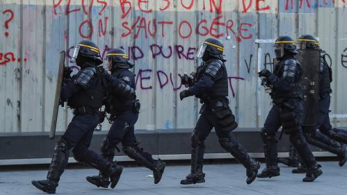 """""""En 2015 on était des héros, maintenant on est des moins-que-rien"""":mobilisé depuis quatre mois, un CRS raconte"""