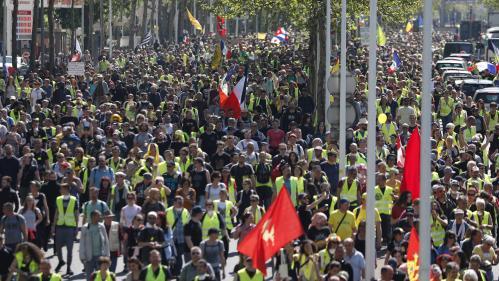 """DIRECT. """"Gilets jaunes"""" : 27 900 personnes ont manifesté dans le pays, dont 9 000 à Paris, selon le ministère de l'Intérieur"""