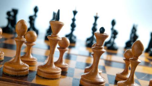 BLOG. Suppression de l'ENA : comment est formée la haute fonction publique depuis le Moyen-Age