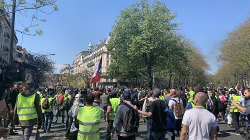 """""""Gilets jaunes"""" : le point sur les manifestations partout en France"""