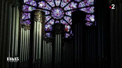"""VIDEO. Notre-Dame de Paris : """"C'est un des orgues les plus transcendants que je connaisse"""", dit l'organiste de la cathédrale"""
