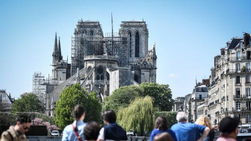 """VIDEO. """"On va la guérir"""" : l'architecte en charge de la cathédrale Notre-Dame témoigne"""