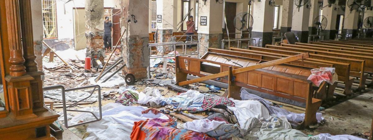 Une vue de l\'intérieur du sanctuaire de Saint-Antoine, célèbre église catholique, à Colombo, au Sri Lanka, le 21 avril 2019.