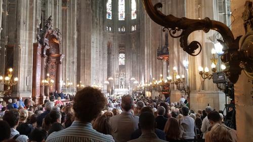 DIRECT. Six jours après l'incendie de Notre-Dame, un hommage est rendu à la cathédrale