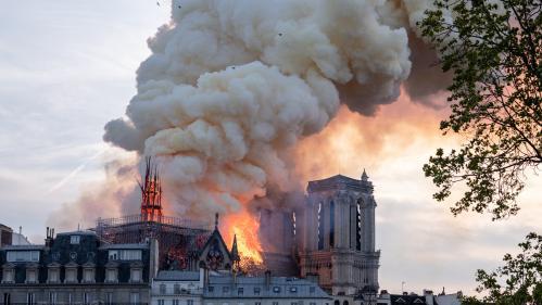 Notre-Dame : le débat sur la reconstruction de la flèche inspire les architectes... et les internautes