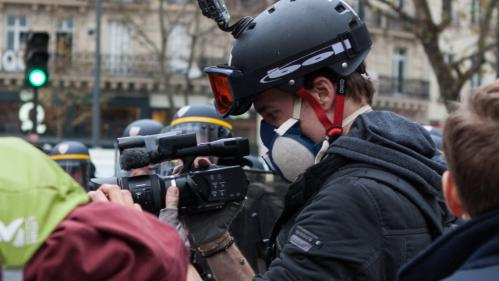 """""""C'est mon travail"""" : malgré l'interdiction de la justice, le journaliste Gaspard Glanz compte se rendre à la prochaine manifestation des """"gilets jaunes"""""""