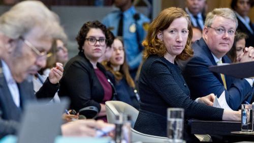 Etats-Unis : Facebook débauche la juriste en chef du département d'Etat américain