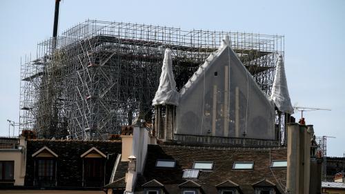 """Notre-Dame de Paris : un """"bâchage provisoire"""" et des """"capteurs"""" de mouvement installés sous les voûtes ce mardi"""