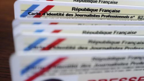 Arrestation de Gaspard Glanz : peut-on être journaliste sans avoir la carte de presse ?