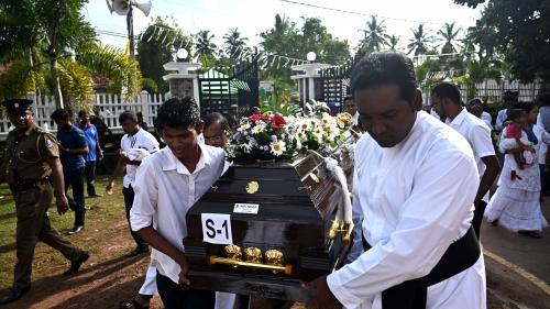 Attentats au Sri Lanka: le bilan grimpe à 310morts, 40personnes arrêtées