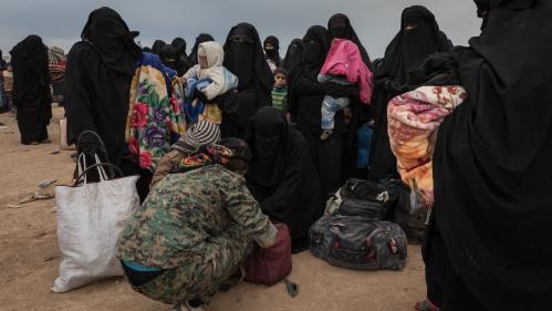 """Enfants de jihadistes français retenus en Syrie: """"Ce sont les premières victimes de la situation"""""""