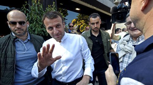 CNews a-t-elle diffusé de vieilles images de Macron au Touquet en présence de Benalla pour illustrer un bain de foule du président ?