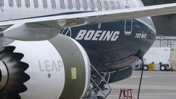 Aéronautique : Boeing reconnaît les défaillances de son modèle d'avion à l'origine de deux crashs mortels