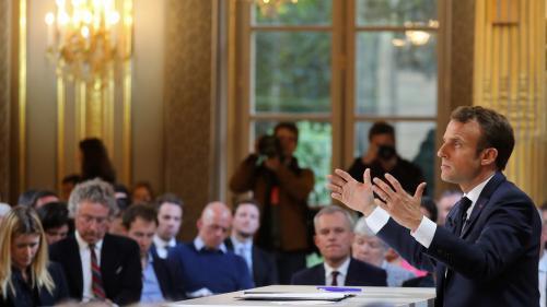 """VIDEO. Emmanuel Macron assure """"regretter"""" d'avoir pu paraître """"dur, parfois injuste"""" pendant son mandat"""