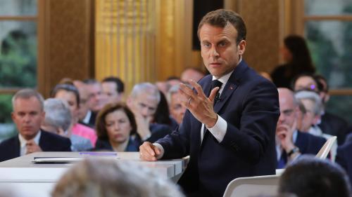 VIDEO. Augmentation du temps de travail, durée de cotisation : Emmanuel Macron précise le financement des mesures sociales