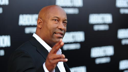 "Le réalisateur de ""Fast and Furious 2"" John Singleton dans le coma après un AVC  https://www.lci.fr/people/video-le-realisateur-de-fast-and-furious-2-et-shaft-john-singleton-dans-le-coma-apres-un-avc-2119509.html?utm_medium=Social&utm_source=TwitterEc"