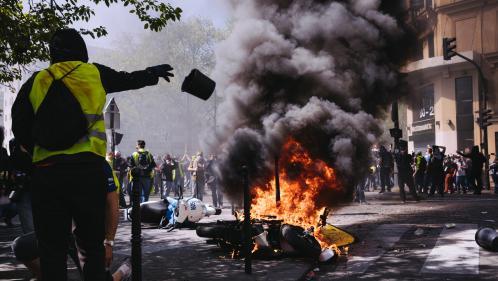"""""""Gilets jaunes"""" : 78% des Français s'attendent à de nouvelles dégradations lors des prochaines manifestations"""