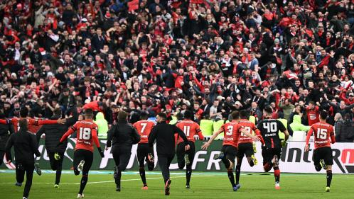Football : les supporters du Stade Rennais exultent après leur victoire en finale de Coupe de France face au PSG