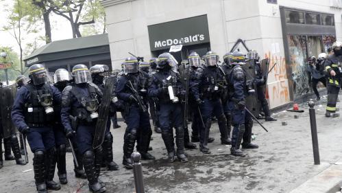 Paris : avant le défilé du 1er-Mai, le préfet de police ordonne aux commerçants situés sur le parcours de se barricader
