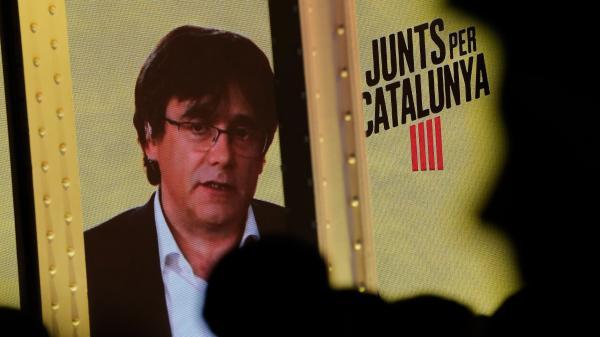 Espagne : l'ex-président catalan Carles Puigdemont interdit d'être candidat aux européennes