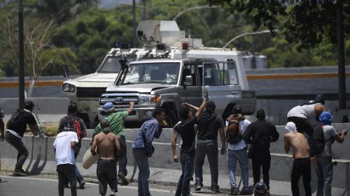 VIDEO. Venezuela : une journée de heurts entre pro et anti-Maduro fait 69 blessés à Caracas