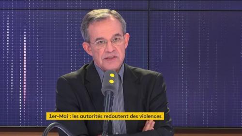 """""""Gilets jaunes"""": """"Le pouvoir a joué volontairement le pourrissement du mouvement"""", affirme Thierry Mariani"""