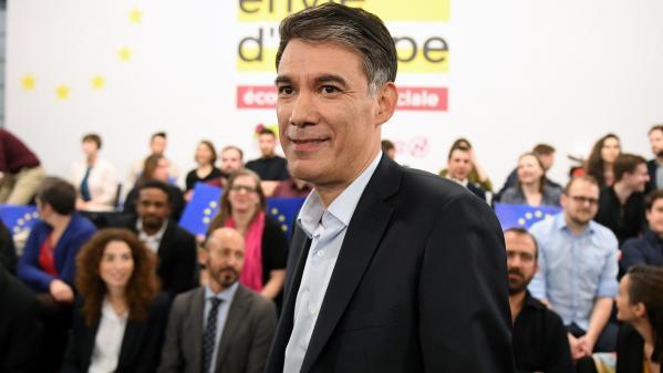 """Olivier Faure pose ses conditions à Jean-Luc Mélenchon pour créer une """"fédération populaire"""" : """"l'Europe et l'abandon du populisme"""""""