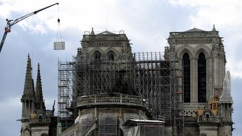 """VIDEO. """"Il faut restaurer Notre-Dame de Paris dans l'urgence, mais pas dans la précipitation"""" : l'appel des experts à Emmanuel Macron"""