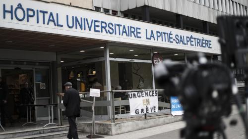 """Pitié-Salpêtrière : des """"dégradations"""" constatées dans l'hôpital, mais """"aucun lien à ce stade"""" avec l'intrusion de manifestants"""