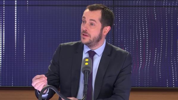 "Européennes : Nicolas Bay ne veut ""ni un super-État, ni un supermarché"""