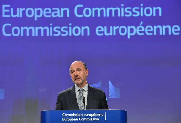 Le commissaire européenaux affaires économiques et financières, à la fiscalité et à l\'Union douanière, Pierre Moscovici, à la Commission européenne, à Bruxelles, le 3 avril 2019.