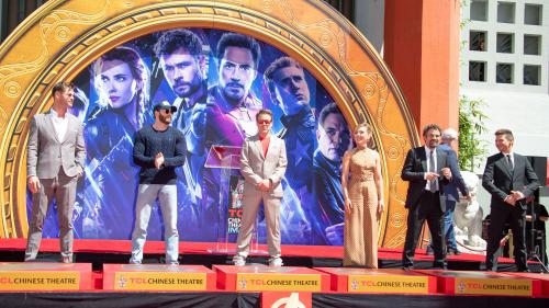 """""""Avengers : Endgame"""" torpille le record de """"Titanic"""" du film le plus rentable de tous les temps  https://www.lci.fr/sorties/en-seulement-11-jours-avengers-endgame-a-torpille-le-record-de-titanic-du-film-le-plus-rentable-2120302.html?utm_medium=Social&"""
