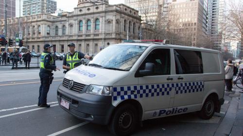 Australie : des dizaines de gangsters pourraient être libérés car leur avocate était en fait une indic