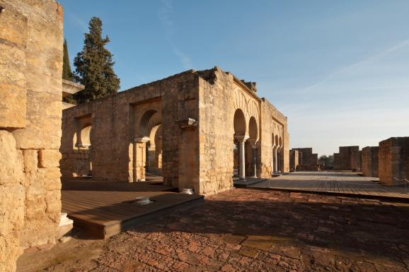 Les quartiers militaires de la ville royale de Medina Azahara, près de Cordoue en Andalousie (sud de l\'Espagne)