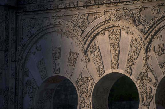 Vue sur des éléments de Medina Azahara, siège du califat de Codoue (Andalousie, sud de l\'Espagne) au Xe siècle