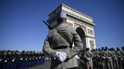 DIRECT. Emmanuel Macron est arrivé sur les Champs-Elysées pour la commémoration du 8-Mai