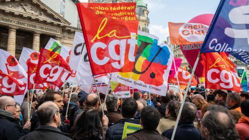 """""""Ce gouvernement veut toujours supprimer 120000 postes"""" : neuf syndicats manifestent contre la réforme de la fonction publique"""