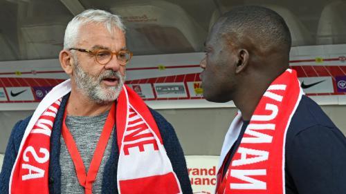 """Les sportifs """"ont peur"""" de dire leur homosexualité, peur de se faire """"jeter"""", affirme l'ex-footballeur Olivier Rouyer"""