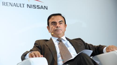 Une vidéo montre la soirée organisée à Versailles le jour de l'anniversaire de Carlos Ghosn et payée par Renault-Nissan
