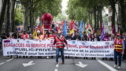 DIRECT. Le cortège s'est élancé à Marseille, les fonctionnaires manifestent partout en France