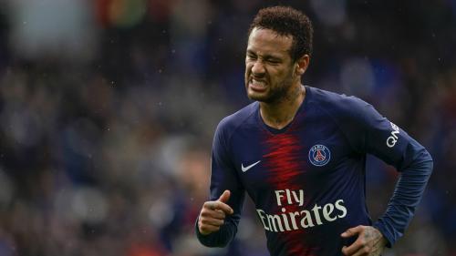 Foot : Neymar suspendu trois matchs pour son geste d'humeur contre un spectateur de la finale de la Coupe de France, le PSG fait appel