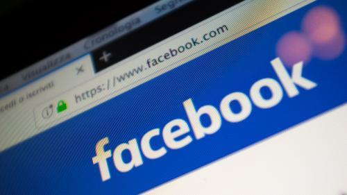 """Italie : Facebook ferme 23 pages véhiculant des """"fake news"""", la plupart en soutien à La Ligue et au Mouvement 5 étoiles   https://www.francetvinfo.fr/internet/reseaux-sociaux/facebook/italie-facebook-ferme-23-pages-vehiculant-des-fake-news-la-plupart-en-s"""