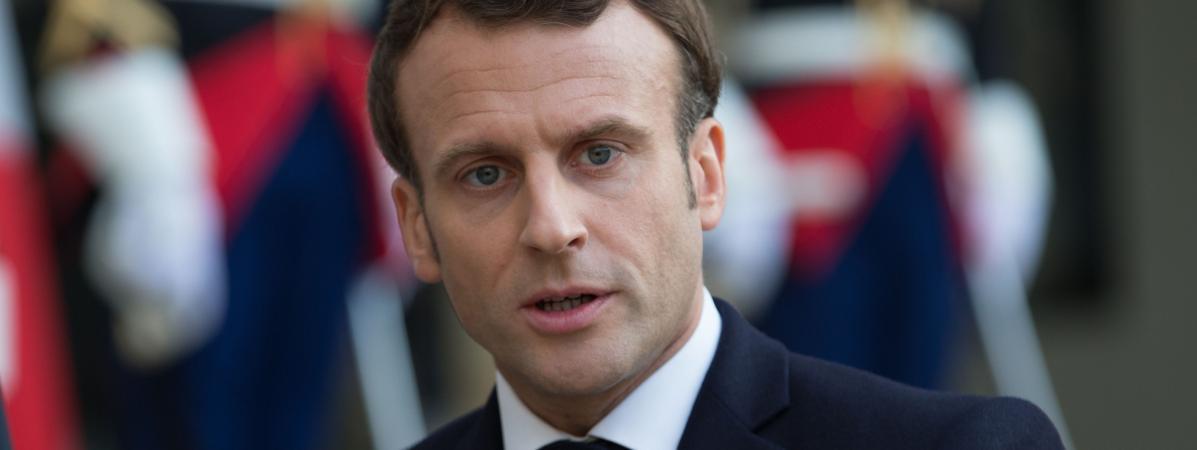 français fille datant américain Guy rencontres Sims par pacthèse