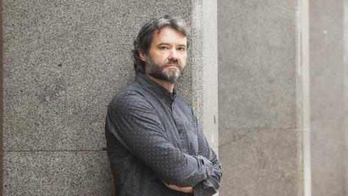 """L'écrivain Franck Bouysse lauréat du prix des libraires pour """"Né d'aucune femme"""""""
