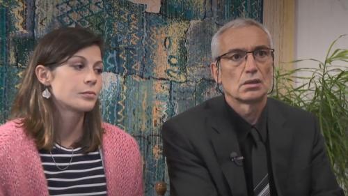 """VIDEO. """"C'était eux ou les otages, ils ont choisi"""": le père et la compagne d'Alain Bertoncello témoignent"""