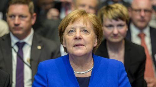 """Merkel reconnaît des """"confrontations"""" avec Macron, le chef de l'Etat assume """"de ne pas totalement être d'accord sur tout"""""""