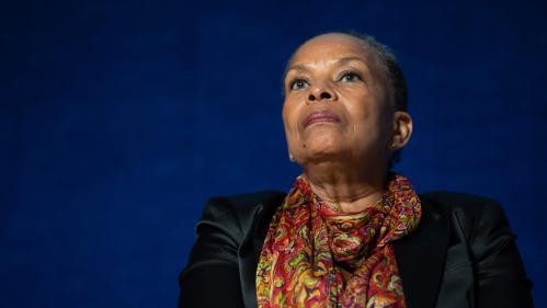 """""""C'est la Simone Veil de la gauche"""" : à Rouen, Christiane Taubira vient soutenir Raphaël Glucksmann pour les européennes"""