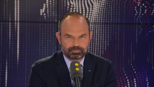 """VIDEO. Baisse du chômage : """"C'est le meilleur résultat qu'on ait depuis dix ans"""", réagit Edouard Philippe"""